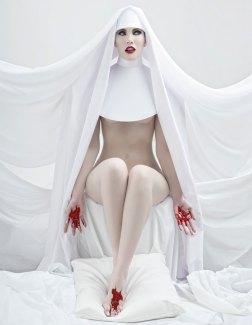 Divine-01